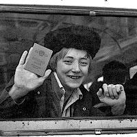Гарик в армии. Проводы Костюхова, 1982.